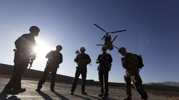 Der Skandal um russische Kopfgelder für die Tötung von US-Soldaten sorgt für mächtig Wirbel im Wahlkampf.