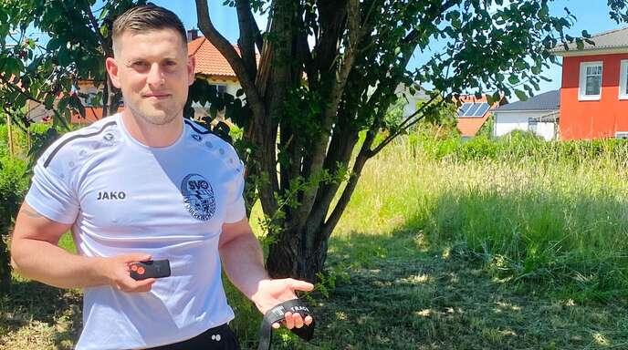 Enrico Stein testet das Tracking-System für den SV Oberkirch.