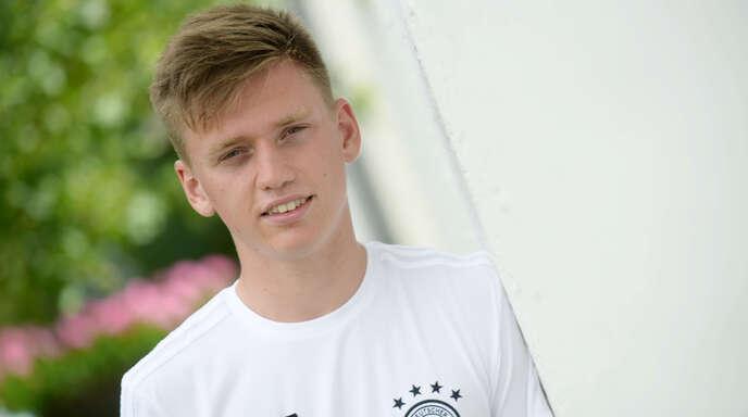 Künftig für den SV Ober-achern am Ball: Jonas Busam, hier 2017 im DFB-Dress.