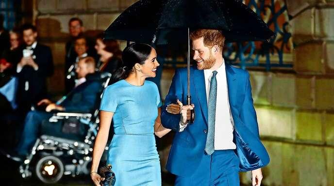 Im Frühjahr haben Herzogin Meghan und Prinz Harry die letzten offiziellen Termine für das britische Königshaus absolviert. Inzwischen leben sie mit ihrem Sohn Archie in den USA.