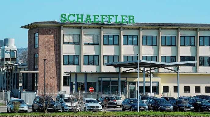 Unter anderem in Lahr betreibt Schaeffler ein Werk mit 1400 Beschäftigten. Der Automobilzulieferer plant, standortübergreifend 4400 Stellen bis 2022 abzubauen.