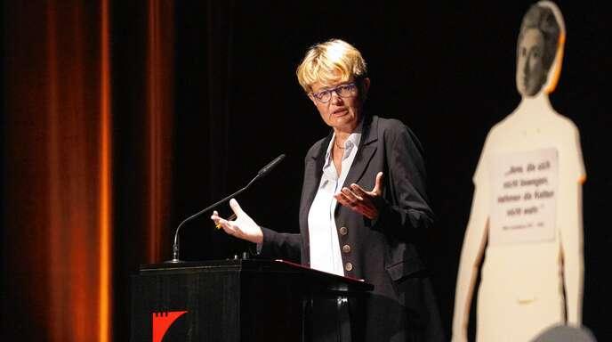 """""""Nehmen Sie das Recht in die Hand!"""", appellierte Verfassungsrichterin Susanne Baer bei ihrem Vortrag im Offenburger Salmen."""