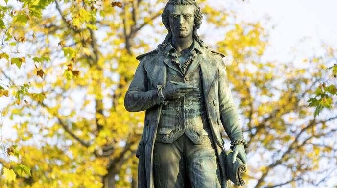 """Friedrich Schiller ist die Inspiration von Oliver von Schaewen: Der Autor veröffentlicht seinen vierten Krimi """"Liebestrug""""."""