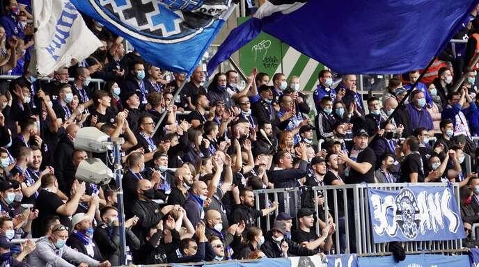 Knapp 7000 Fans dürfen am Sonntag ins Straßburger Meinau-Stadion.