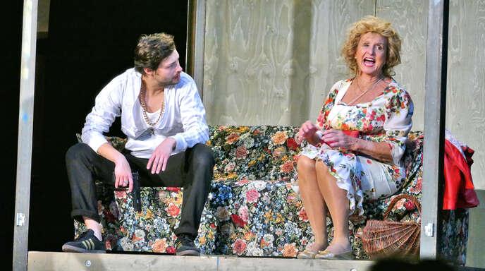 """Diana Körner (rechts) stand im Mittelpunkt der französischen Komödie """"Paulette – Oma zieht durch."""""""