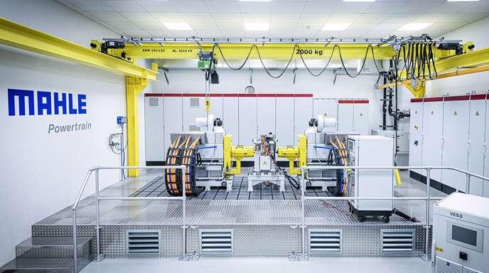 Auf diesem Prüfstand in Fellbach testet Mahle künftig E-Motoren unter realen Bedingungen.