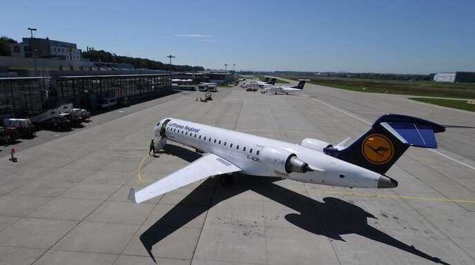 Seit Anfang Oktober fliegt die Lufthansa nicht mehr von Frankfurt nach Friedrichshafen. Das Geld am Bodenseeairport ist ohnehin schon knapp.