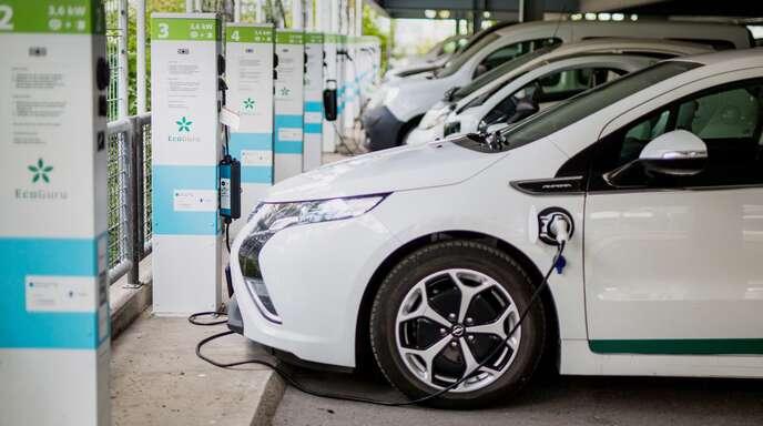 Flottenkunden schaffen sich immer häufiger elektrifizierte Modelle für ihren Fuhrpark an.