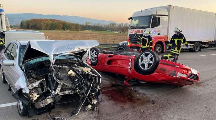 Mehrere Verletzte Nach Unfall Auf Der A5 Am Freitag Baden Online Nachrichten Der Ortenau Offenburger Tageblatt
