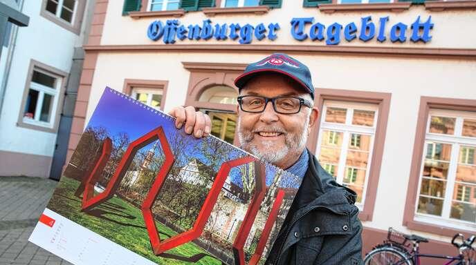 """Sein Honorar, das er für die Fotos für den Kalender der Sparkasse Offenburg/Ortenau erhalten hat, hat der Hobbyfotograf Bruno Schilz für die Aktion """"Leser helfen"""" gespendet. Inzwischen sind 68510 Euro zusammengekommen, über das Geld kann sich am Ende der Aktion die Selbsthilfegruppe Mukoviszidose Ortenau freuen."""