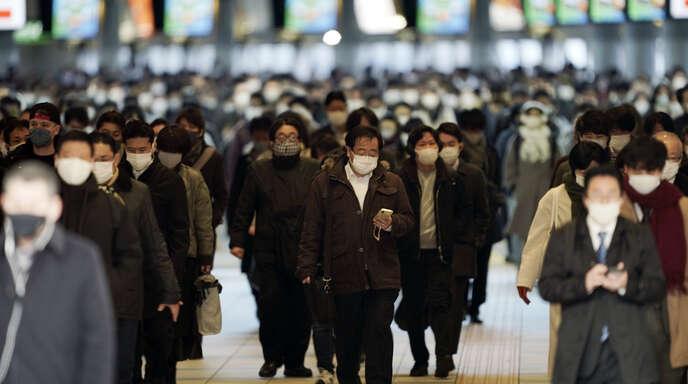 Die Bereitschaft, gesundheitspolitische Maßnahmen mitzutragen, ist in ostasiatischen Ländern – hier in Tokio/Japan – deutlich ausgeprägter als im Westen.