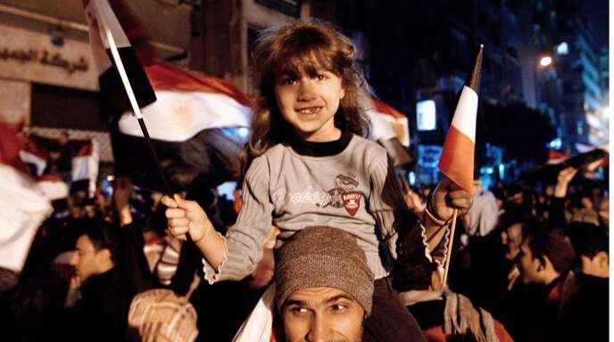 Ein Bild aus guten Zeiten: Kairo feiert im Februar 2011 den Rücktritt des Staatspräsidenten Hosni Mubarak.
