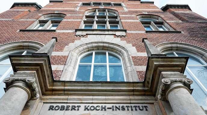 Eingang des 1891 gegründeten Robert-Koch-Instituts in Berlin.