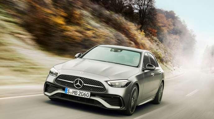 Sportlich – aber ohne Mercedes-Stern auf der Haube: Die neue C-Klasse.