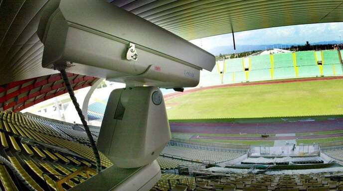 Eine Kamera im Stadion des Fußballclubs Udinese Calcio in Italien. (Archivbild)