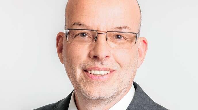 Hans-Friedrich Haußer, Dipl. Verwaltungswirt FH, Immobilienmakler IHK.