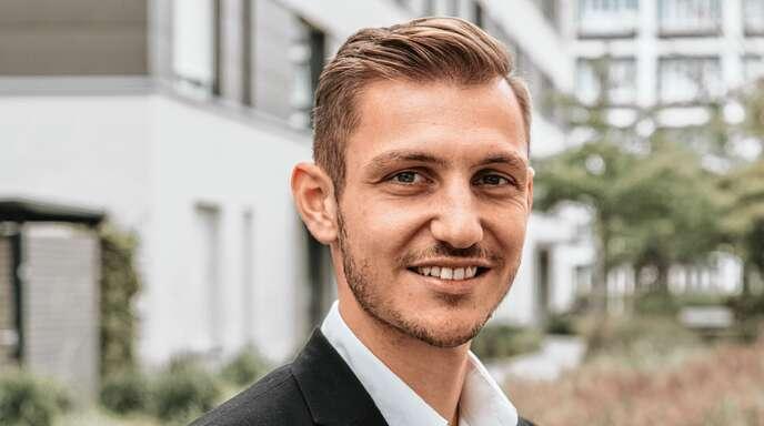 Fabrizio Daniele, Immobilienmakler IHK und Gebietsleiter.