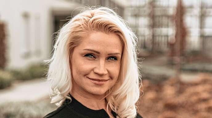 Betreuen gemeinsam mit Vertriebsleiter Frederic Wolf die Kunden: Daniela Vitan, Immobilienmaklerin IHK und Gebietsleiterin.