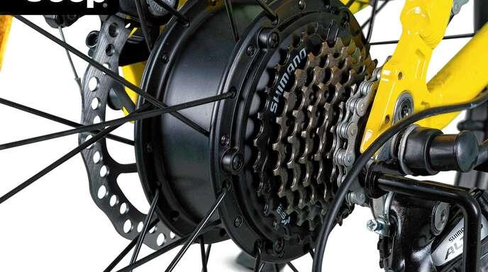 Scheibenbremsen und eine Shimano-Schaltung gehören zur hochwertigen Ausstattung.