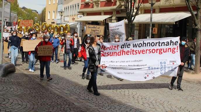 Teilnehmer der Klinikdemo am Samstag in Offenburg.