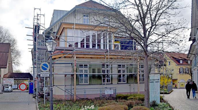 An der Südseite der Sozialstation wurde im Obergeschoss ein Wintergarten sowie eine Freiterrasse angegliedert.