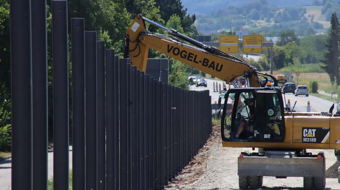 Neue Schallschutzwände wurden an den beiden Südring-Brückenwerken bereits 2020 gebaut.
