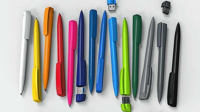 """Mit dem USB-Kugelschreiber """"Turnus"""" hat man alles fürs Meeting dabei: Schreibgerät und USB-Stick."""