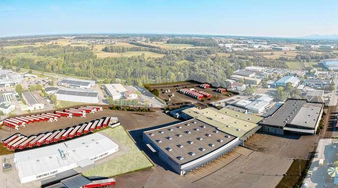 Fuhrpark, Umschlaglager, Werkstatt und Verwaltung: Die Vogelperspektive zeigt die Dimensionen des Unternehmens.