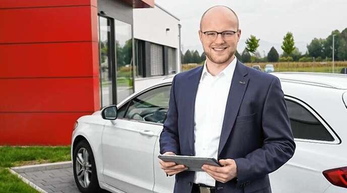 Simeon Jülg leitet den Vertrieb bei NOVELLUS.