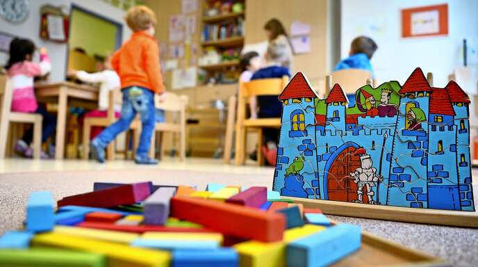An baden-württembergischen Kitas muss es nach Ansicht der Gewerkschaft Verdi eine Testpflicht nach dem Vorbild der Schulen im Land geben.