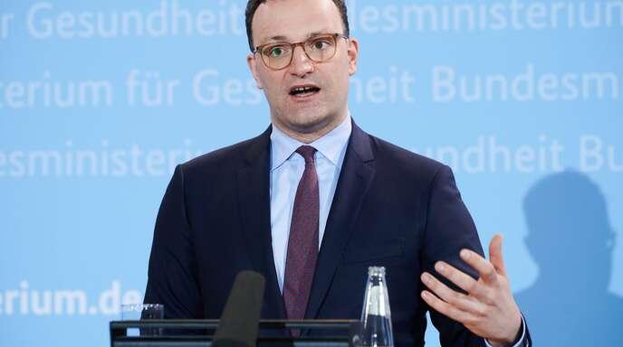 Gesundheitsminister Jens Spahn will mit dem Hersteller von Sputnik V einen bilateralen Vertrag über Lieferungen für Deutschland schließen.