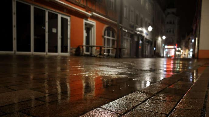 Ab Montag darf das Haus in der Ortenau nach 21 Uhr nur noch aus triftigen Gründen verlassen werden.