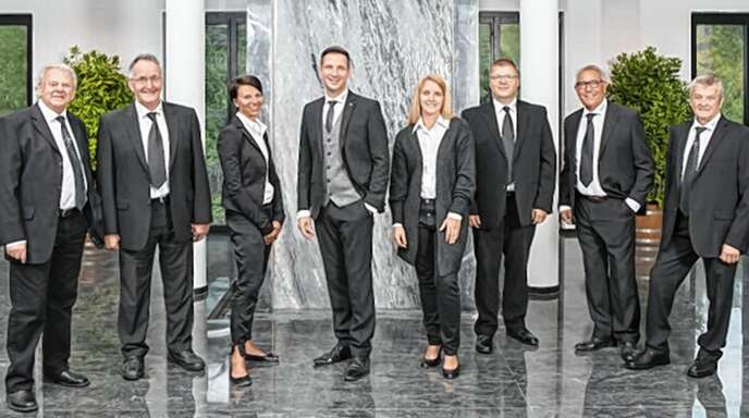 Das Team des Bestattungshauses Heizmann ist an allen drei Standorten(Oberwolfach-Hornberg-Lauterbach) rund um die Uhr für die Hinterbliebenen da.