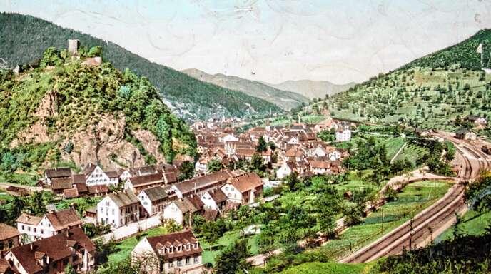 Blick auf Hornberg in früheren Zeiten mit dem Rebberg am rechten Bildrand.
