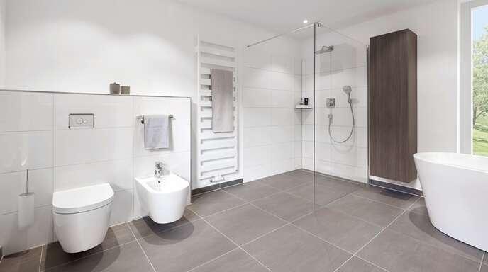 Barrierefreie Dusche, freistehende Wanne: bei bad.de ist alles möglich.