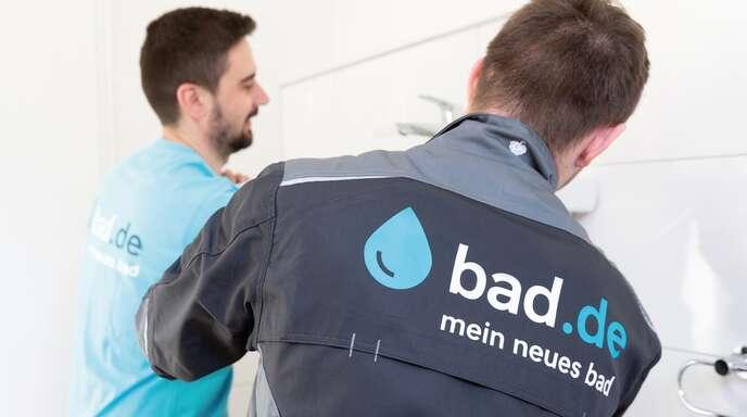 Die Spezialisten von bad.de garantieren für die fachgerechte Ausführung der Arbeiten.