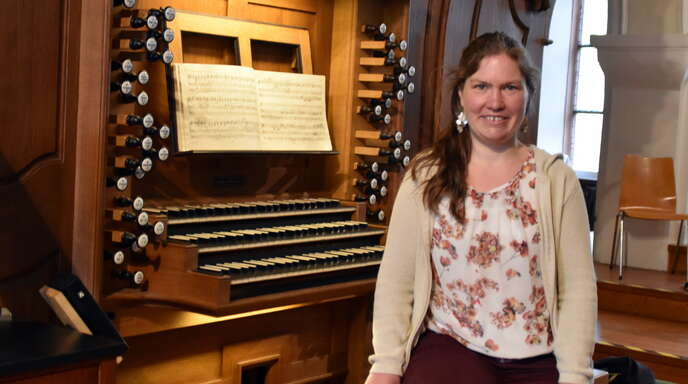 Nicht nur an der Winterhalder-Orgel in der Heilig-Kreuz-Kirche will Eva Peichl künftig Akzente setzen.