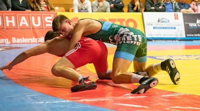 Nico Megerle (grün) vomASV Urloffen ist einer von zwei Ortenauer Ringern bei der U23-EM in Mazedonien.