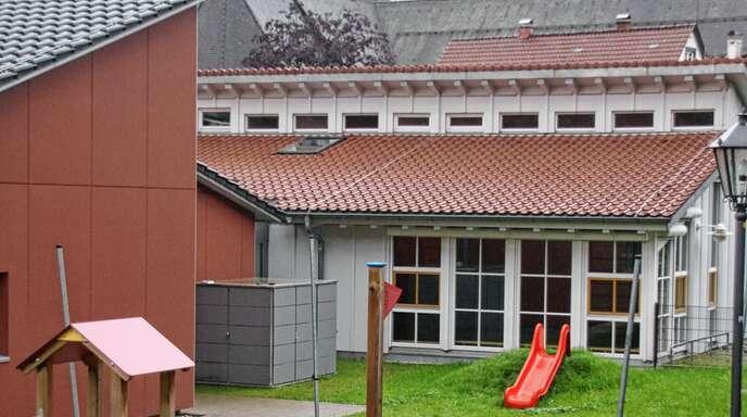 Die Betriebskosten für den katholischen Kindergarten steigen – und damit auch das Defizit, das nach Abzug der Elternbeiträge von insgesamt rund 107000 Euro bleibt.
