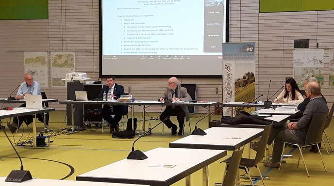 Die Stifterversammlung der Bürgerstiftung Durbach wurde dieses Jahr unter Corona-Bedingungen in der Steinberg-Halle in Durbach durchgeführt.
