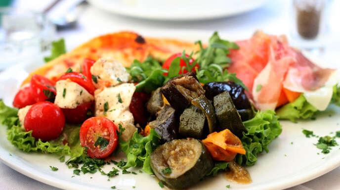 """Leckere Antipasti – das Ristorante """"Da Giovanni"""" überrascht seine Gäste mit leckeren Variationen aus der italienischen Küche."""