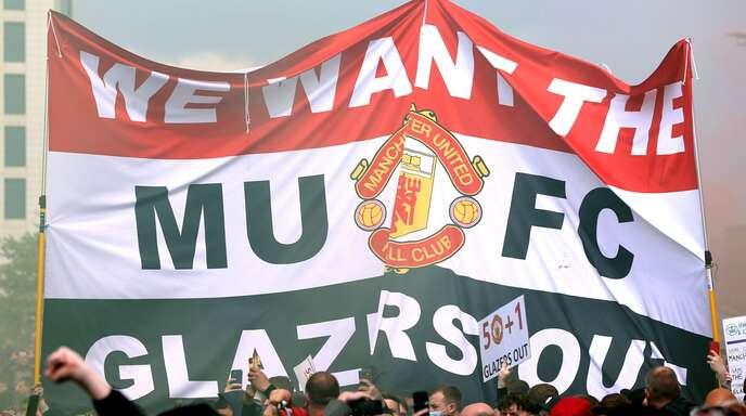 Proteste der Fans von Manchester United gegen die Investoren-Familie Glazer.