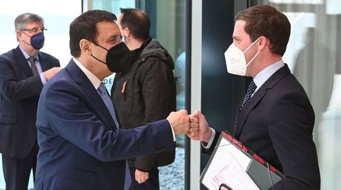 Manuel Hagel (rechts) wird Nachfolger von Wolfgang Reinhart als Fraktionschef.