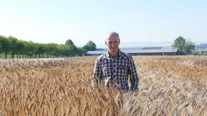 Neuer Schwung für alte Getreidearten. Der Hohenheimer Züchtungsexperte Friedrich Longin in seinem Element.
