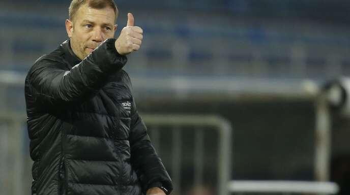 Frank Kramer, Trainer von Arminia Bielefeld, kennt sich aus im Fußball – aber auch der Boxsport ist dem 49-Jährigen nicht fremd.