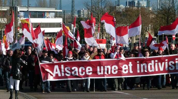 Im Januar 2015 protestierten Elsässer in Kehl gegen die Gebietsreformen.