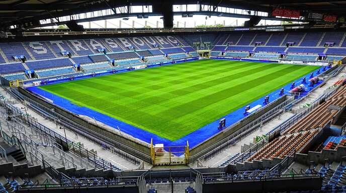 Insgesamt 5000 Fans dürfen am Donnerstag beim Frauen-Länderspiel im Meinau-Stadion dabei sein.
