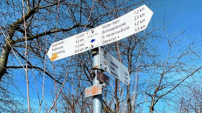 Wie hier am Marktweg wird der Bau der Umfahrung Zusenhofen in die Natur eingreifen - zu sehr, meint der BUND.