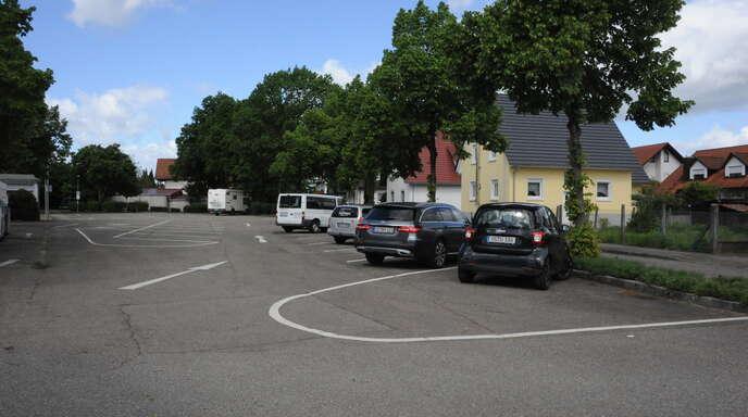 Auf dem Parkplatz neben der Festhalle soll eine Ladestation für elektrisch betriebene Fahrzeuge gebaut werden. Das Netz der geplanten Mobilitätsstationen soll bis 2030 fertig sein.