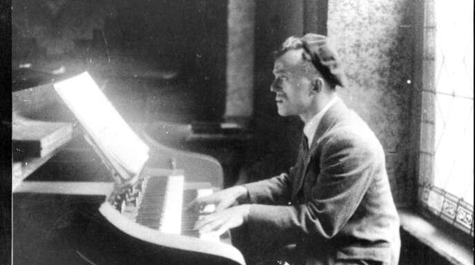 Der Musiker Siegfried Schnurmann, der in der Offenburger Synagoge (Salmen) das Harmonium gespielt hat, und die jüdische Kindheit in Offenburg sind Themen der neuen Publikation von Martin Ruch.